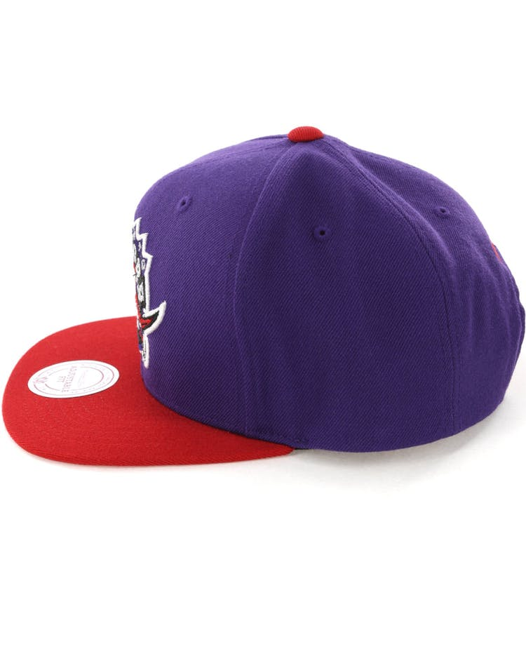 sale retailer 99898 99d34 Mitchell   Ness Toronto Raptors Satin Fused Snapback Purple Red