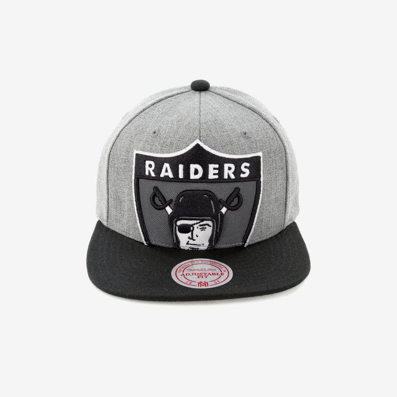 057777968e6 Mitchell   Ness Raiders Crop XL Snapback Grey – Culture Kings