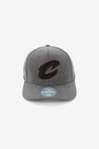 Mitchell & Ness Cleveland Cavaliers 110 Snapback Washed Denim