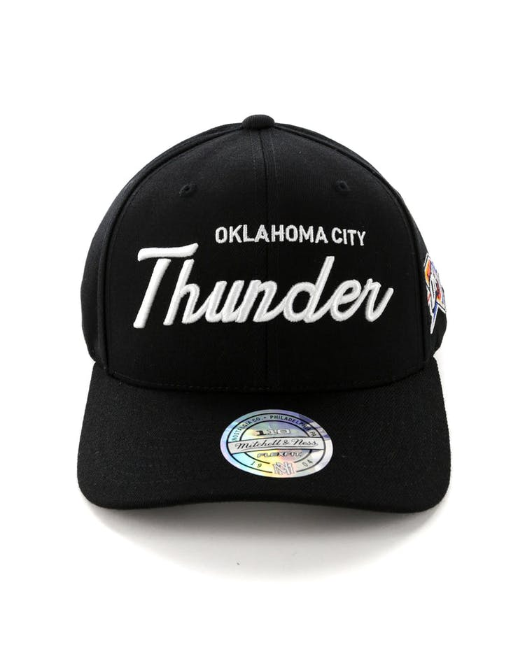 new arrivals f80c1 9dc11 Mitchell   Ness Oklahoma City Thunder 110 Team Script Snapback Black –  Culture Kings