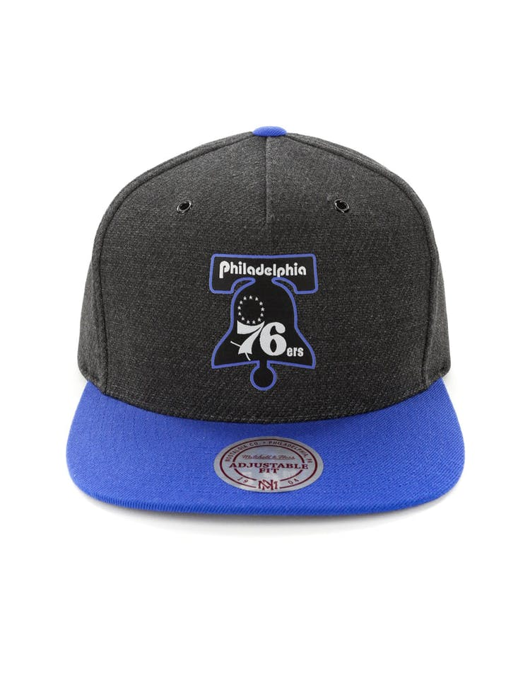 best website 9a1a6 a657f Mitchell   Ness Philadelphia 76ers Woven Reflective Snapback Charcoal  – Culture  Kings