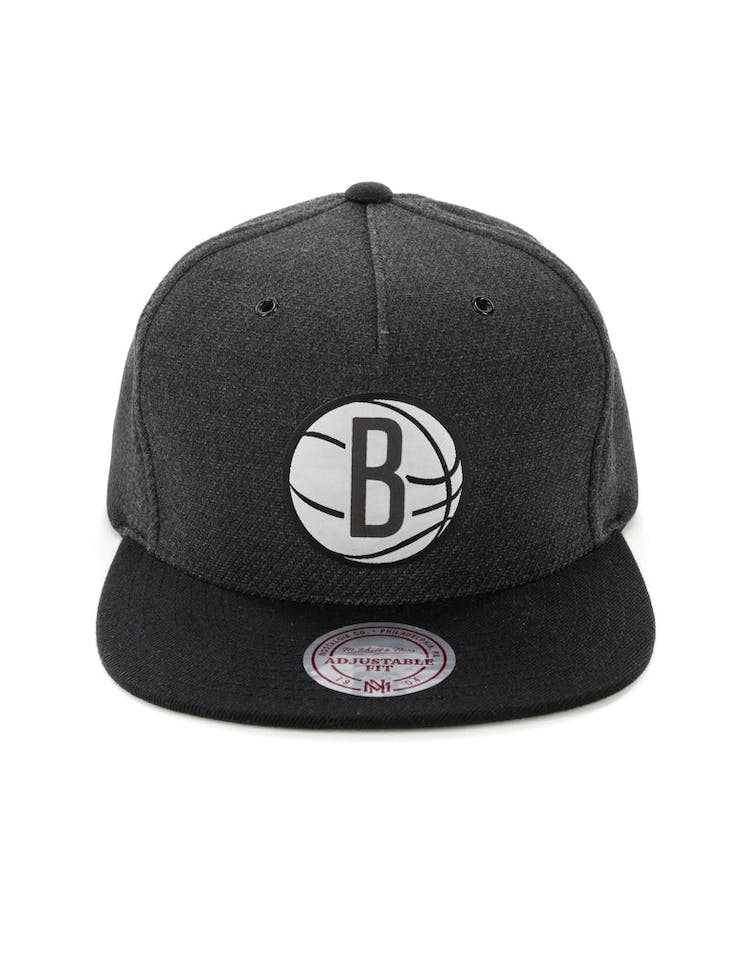 9aef5691331dea Mitchell & Ness Brooklyn Nets Woven Reflective Snapback Charcoal/Black –  Culture Kings