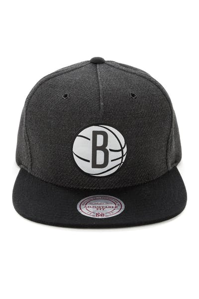 save off 04268 775d3 Mitchell   Ness Brooklyn Nets Woven Reflective Snapback Charcoal Black