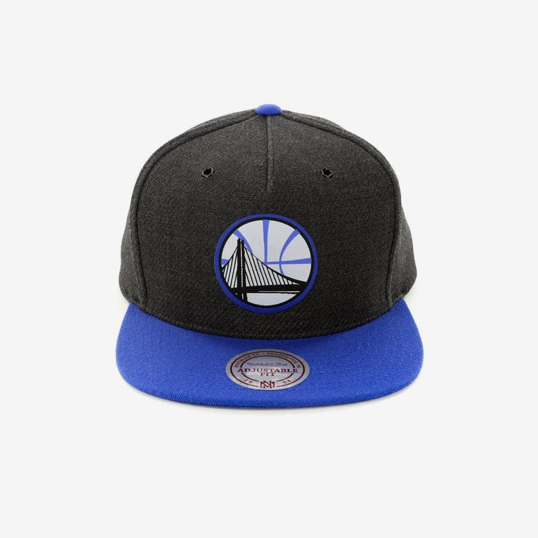 89b856b3f11 Mitchell   Ness Golden State Warriors Woven Reflective Snapback Charco –  Culture Kings