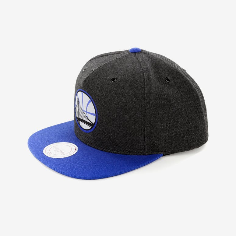 06ec608d512 Mitchell   Ness Golden State Warriors Woven Reflective Snapback  Charcoal Royal