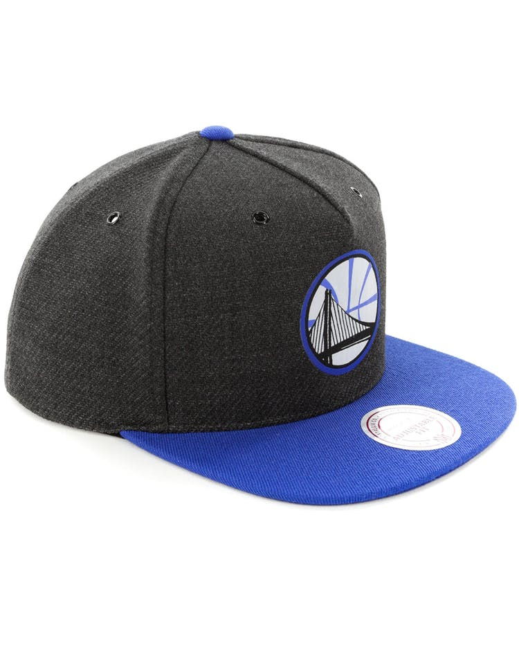 super popular 71a4d b0c96 Mitchell   Ness Golden State Warriors Woven Reflective Snapback Charco – Culture  Kings