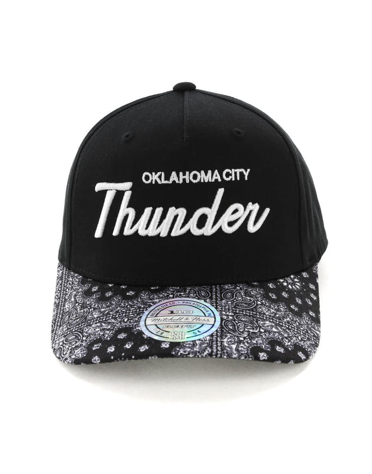 reputable site a3015 cdce7 Mitchell   Ness Oklahoma City Thunder Paisley 110 Snapback Black – Culture  Kings