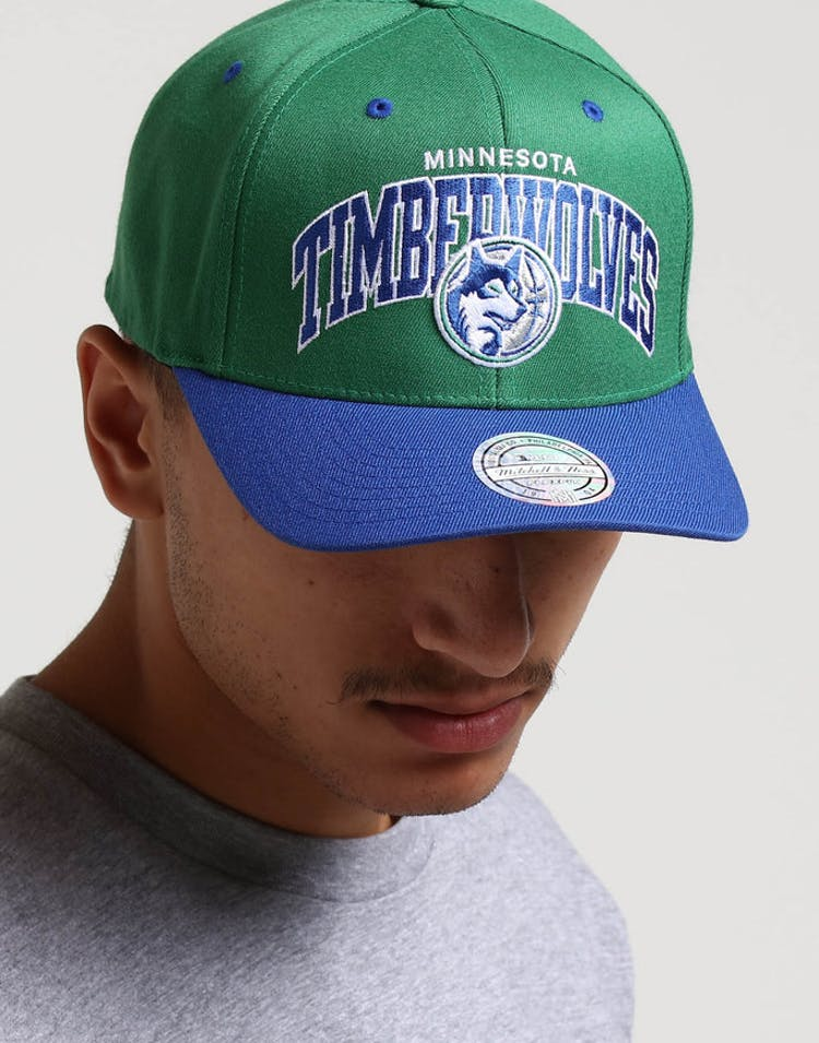 check out da82c 9b36e Mitchell   Ness Minnesota Timberwolves HWC Arch 110 Snapback Green Roy – Culture  Kings