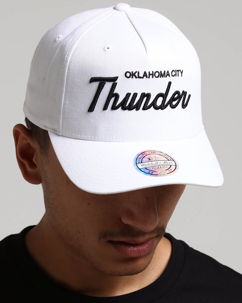 Mitchell & Ness Oklahoma City Thunder Basic Script 110 Snapback White/Black