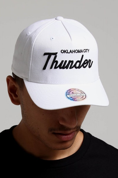 df9f31fdb25 Mitchell   Ness Oklahoma City Thunder Basic Script 110 Snapback White Black
