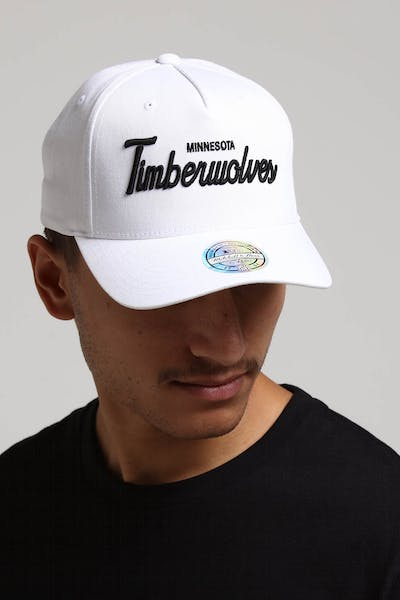 Mitchell & Ness Minnesota Timberwolves Basic Script 110 Snapback White/Black