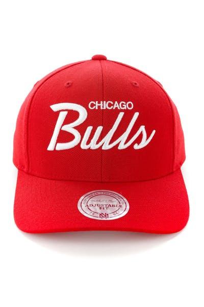 release date: 6f8b0 0bbaf Mitchell   Ness Chicago Bulls Basic Script Precurve Snapback Red White ...