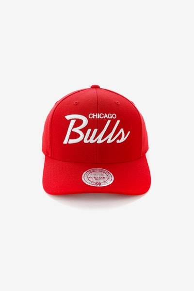 Mitchell & Ness Chicago Bulls Basic Script Precurve Snapback Red/White