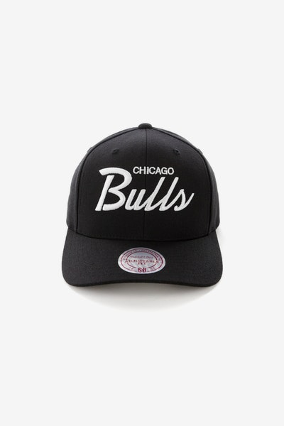 Mitchell & Ness Chicago Bulls Basic Script Precurve Snapback Black/White