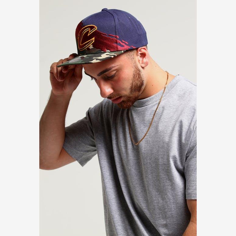 Mitchell   Ness Cleveland Cavaliers Camo Paintbrush Snapback Burgundy  –  Culture Kings 720e81d7818