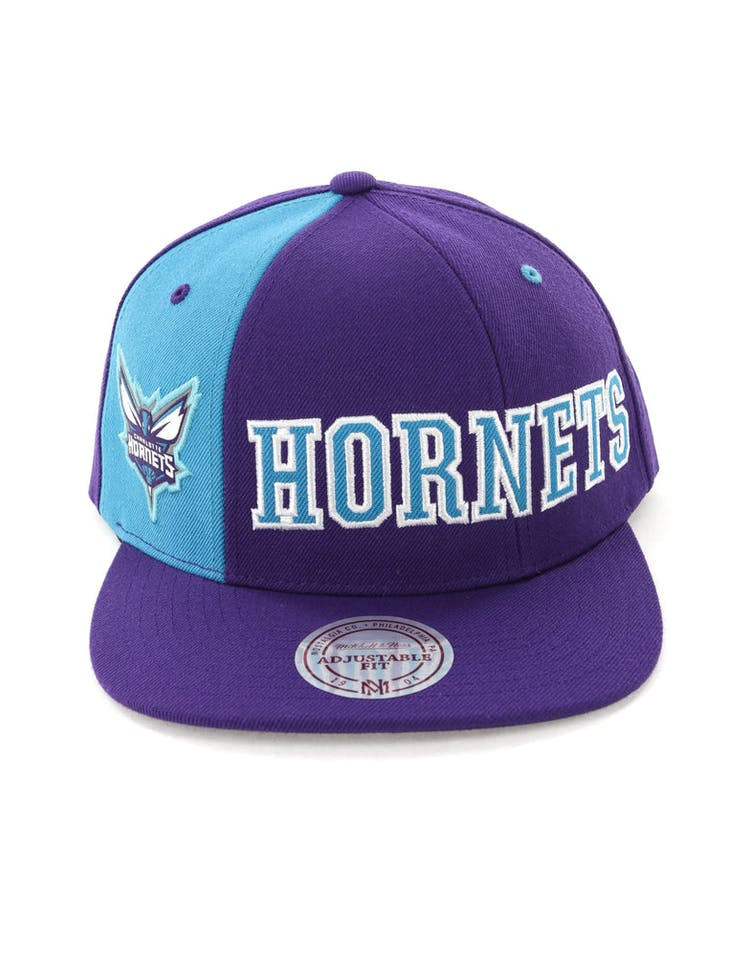 new styles 981d3 b5b33 Mitchell   Ness Charlotte Hornets Hexagon Snapback Purple Teal