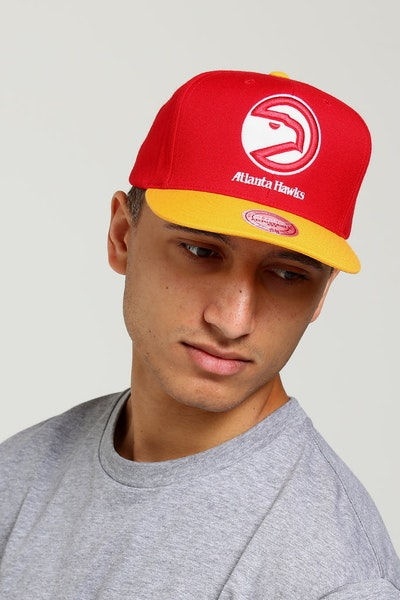 Mitchell & Ness Atlanta Hawks Satin Fused Snapback Red/Yellow