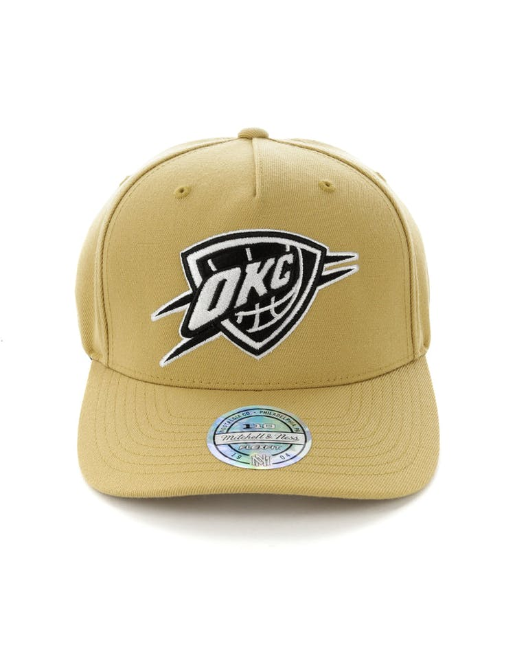 in stock e51d3 a3bf3 Mitchell   Ness Oklahoma City Thunder 110 Pinch Panel Snapback Wheat –  Culture Kings