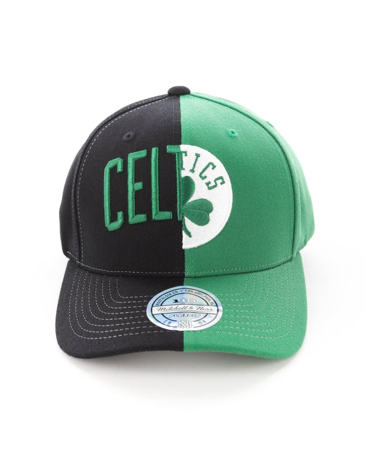 e0e7633d870 Mitchell   Ness Boston Celtics Pinch 110 Flex Half   Half Snapback Bla –  Culture Kings