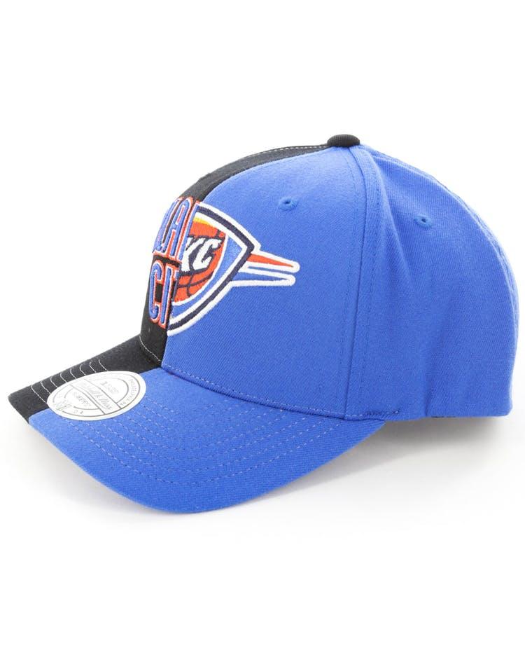 lowest price 218cf 395f0 Mitchell   Ness Oklahoma City Thunder Pinch 110 Half   Half Snapback  Black Blue