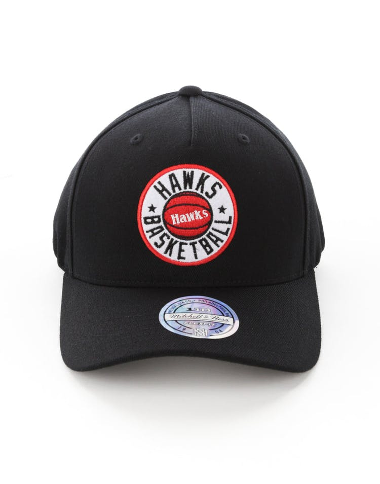 first rate b9539 9d131 Mitchell   Ness Atlanta Hawks Full Court Logo 110 Flex Snapback Black –  Culture Kings
