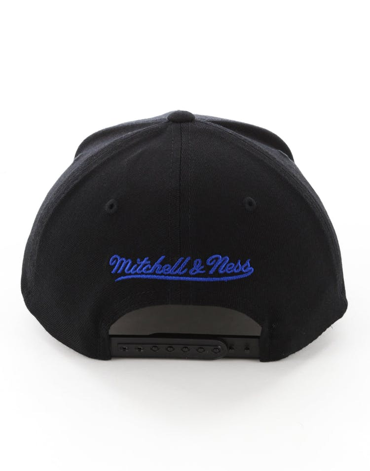 check out 1b6d6 faa39 Mitchell   Ness Golden State Warriors Full Court Logo 110 Flex Snapback  Black