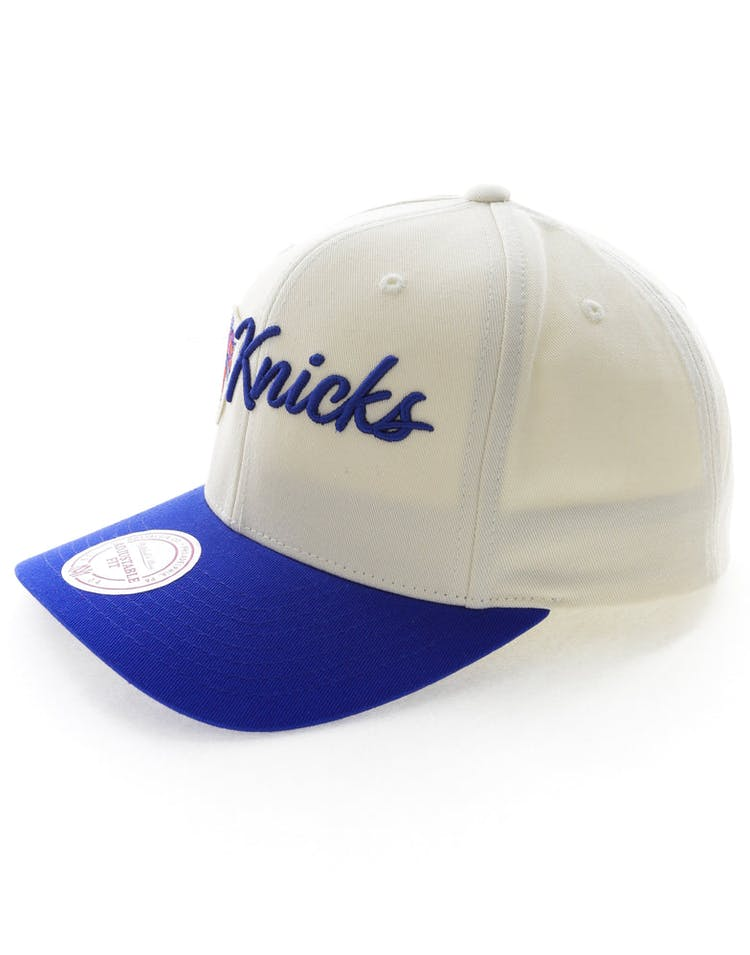 Mitchell & Ness New York Knicks Vintage 110 Snapback Vintage Off White