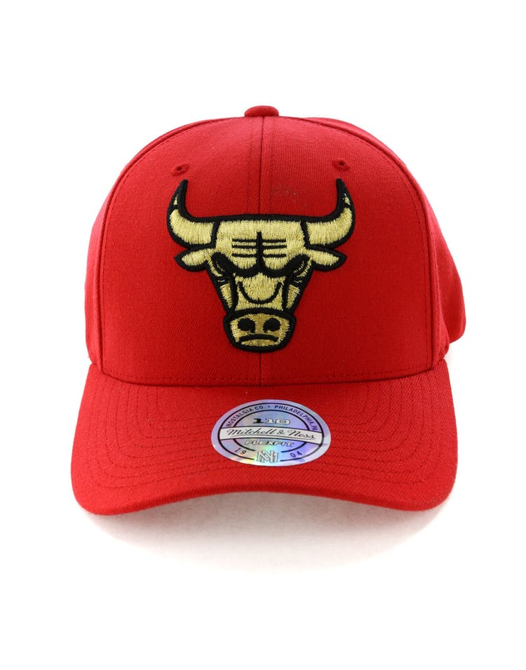 46122a40 Mitchell & Ness Chicago Bulls 110 Snapback Red/Gold