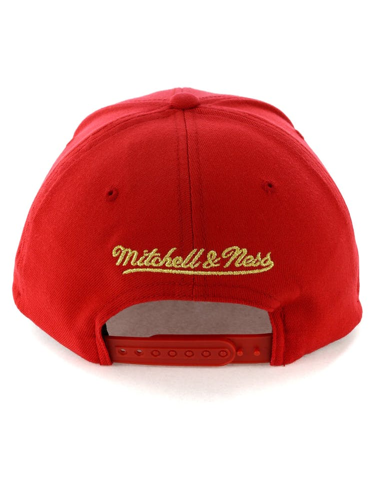 1ef2517c76539f Mitchell & Ness Milwaukee Bucks 110 Snapback Red/Gold – Culture Kings