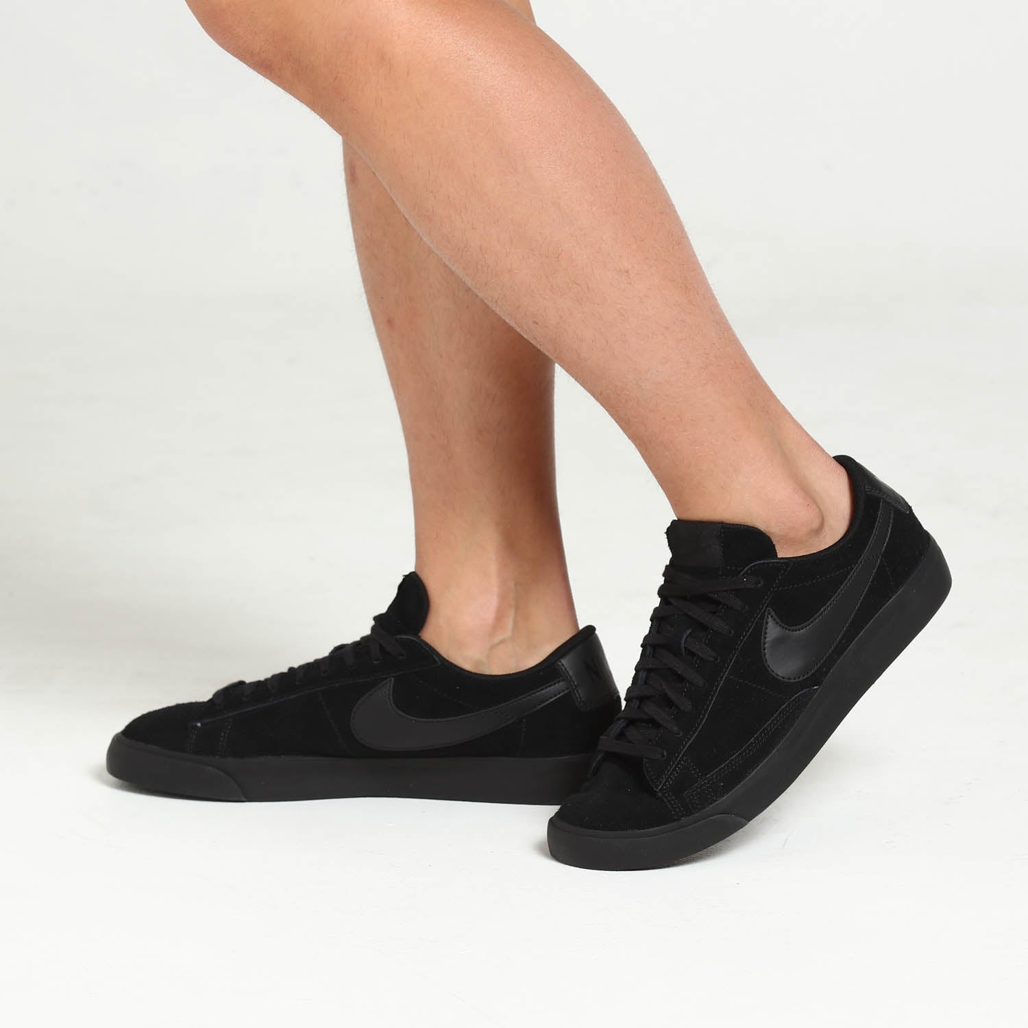 Nike Blazer Low LE Black Black | Footshop