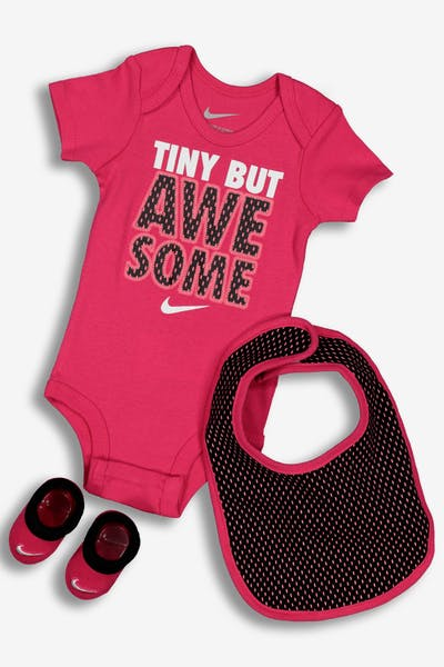 Nike Tiny But Awesome 3PC Boxed Set Pink