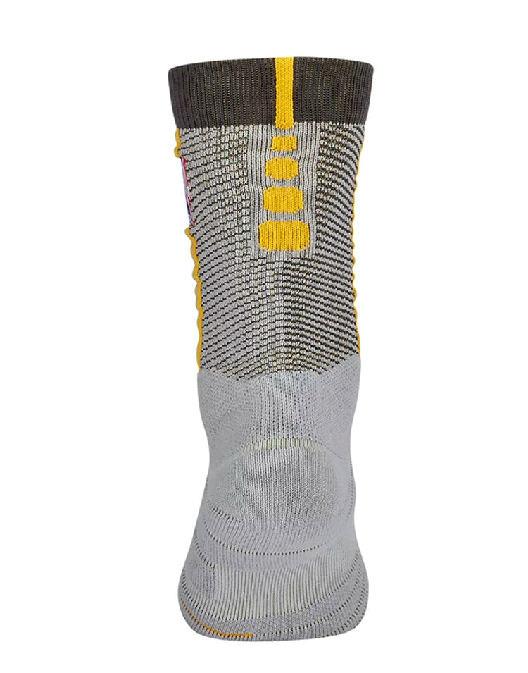 3083ee5d00db Nike Cleveland Cavaliers Elite Quick Crew Sock Silver Gold – Culture Kings
