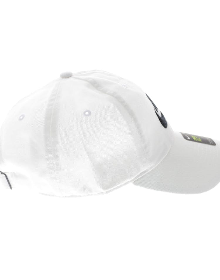 e4d712e89e1 Nike Futura H86 Strapback White White Black – Culture Kings