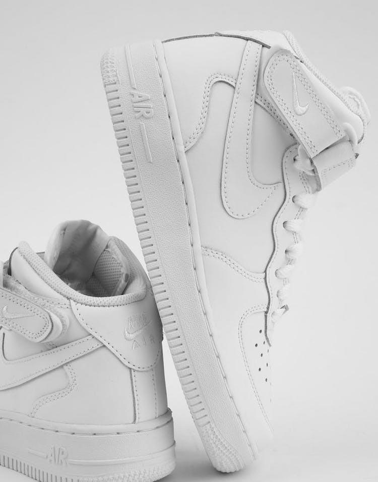timeless design 7520b be241 Nike Boys Air Force 1 Mid (GS) Bball White White – Culture Kings