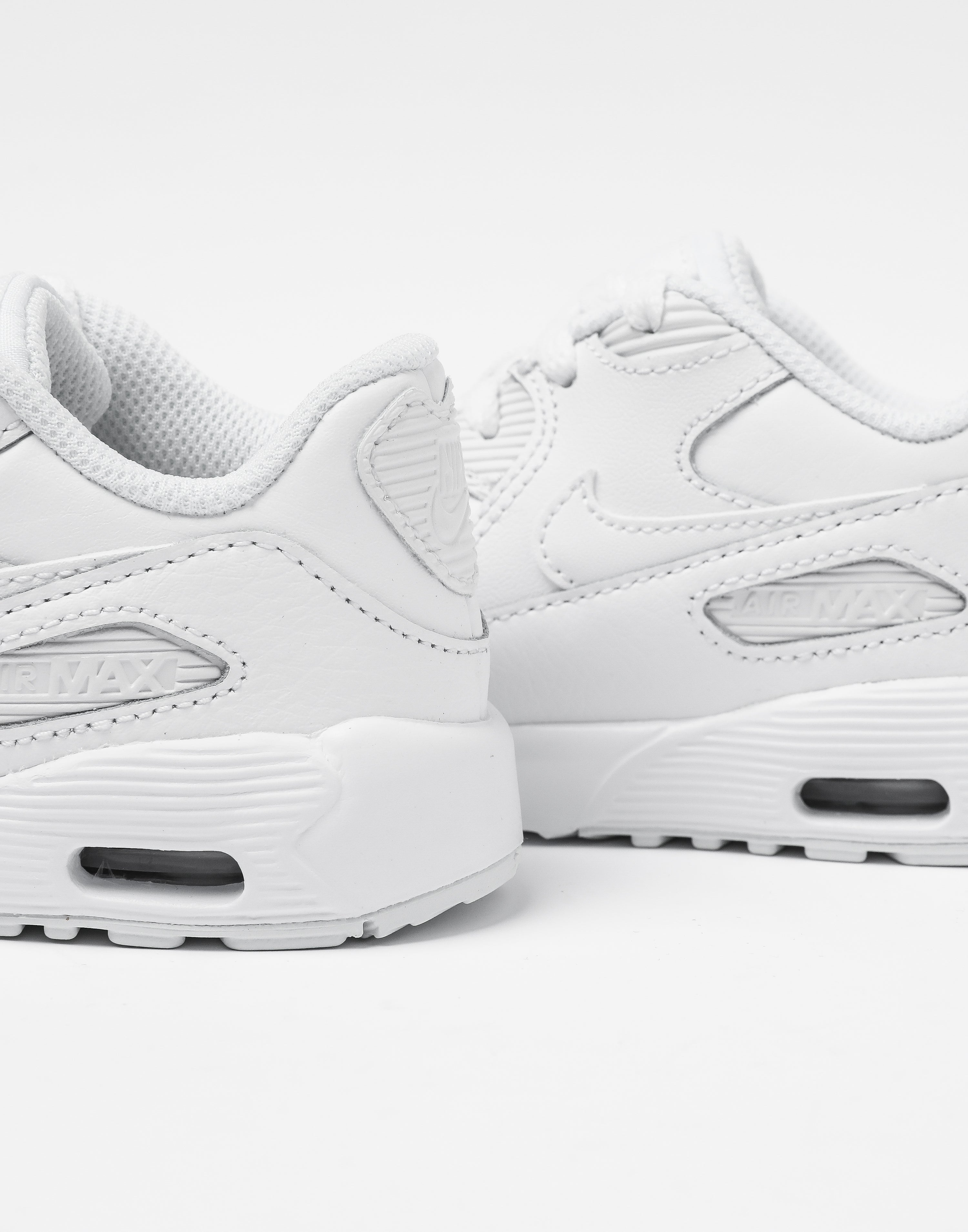 Women's Nike Air Max 90 LUX SIZE 7