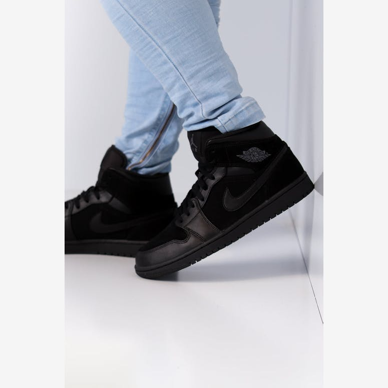 0de376bc03e Air Jordan 1 Mid Black Dark Grey Black