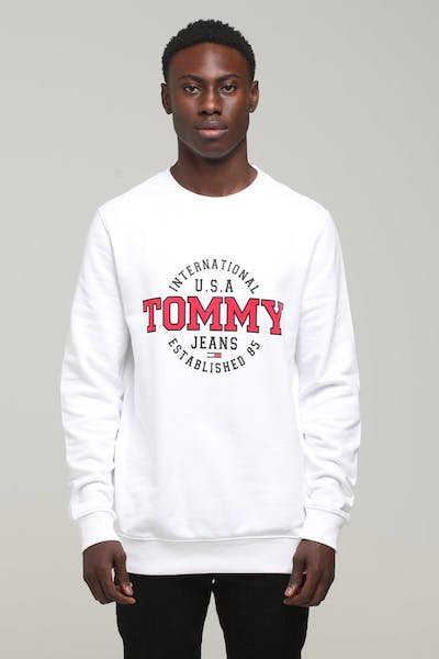 d4a320788ba0c Men's Tommy Jeans - Tees, Hoodies & more | Culture Kings