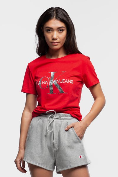 CALVIN KLEIN WOMEN'S METALLIC MONOGRAM SLIM TEE CHERRY RED