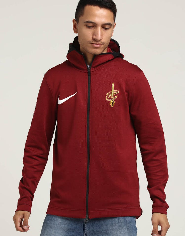 24008b02e507 Cleveland Cavaliers Nike Therma Flex Showtime Hood Red Gold – Culture Kings