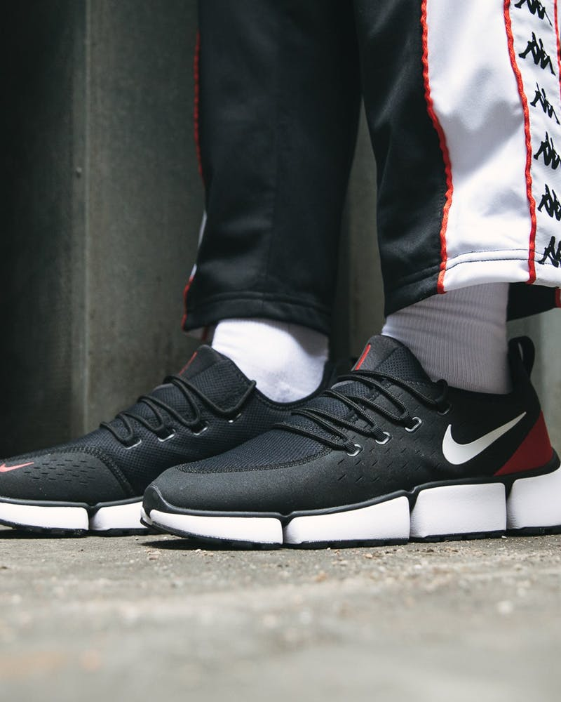 código Morse sector Camello  Nike Pocket Fly DM Black/White/Red | Culture Kings
