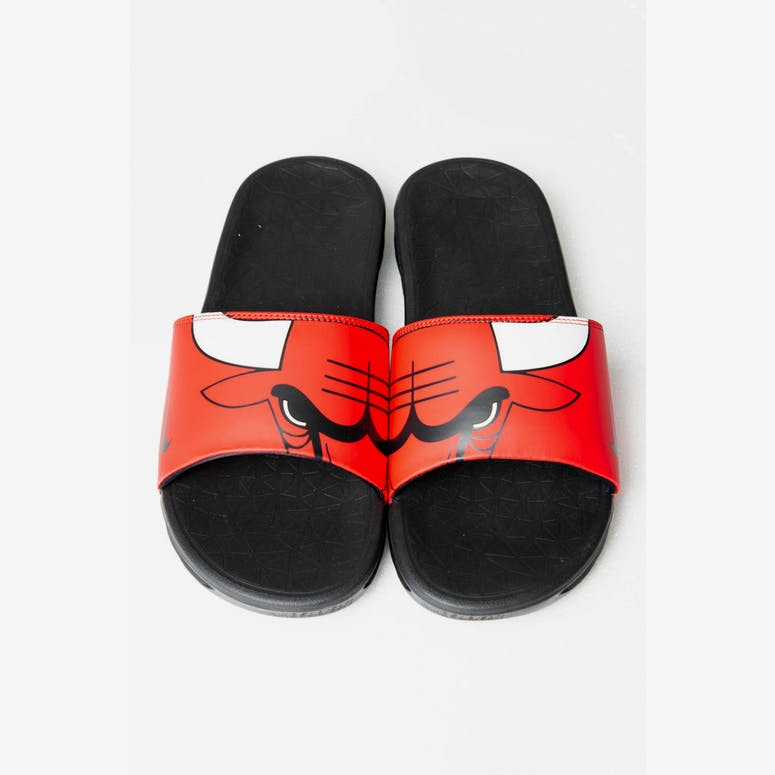 765fc60e0c22 Nike Benassi Solarsoft NBA Slides Red White Black – Culture Kings