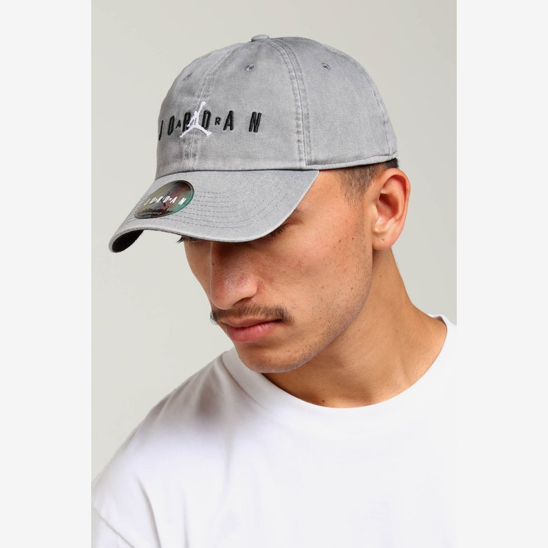 Jordan H86 Air Cap Smokey Grey Black – Culture Kings 680d973bd5c