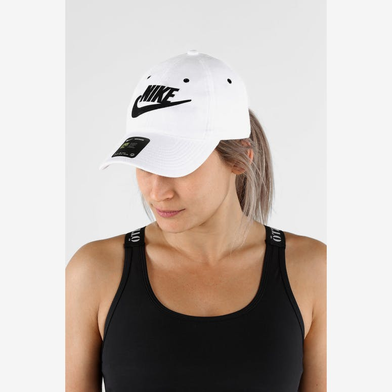 Nike Women s Heritage 86 Cap White Black – Culture Kings 9d136366e66