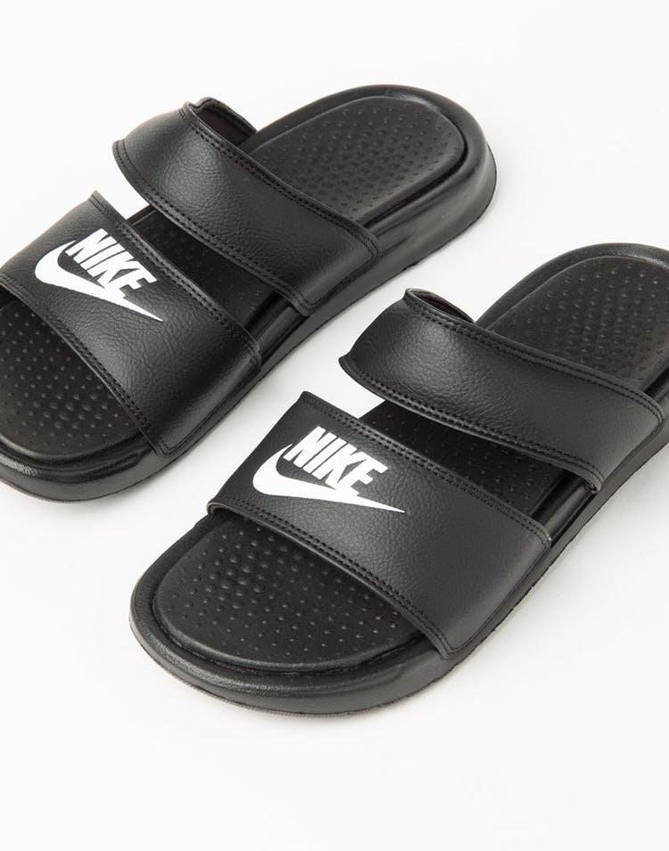 f8598e0fa31a Nike Women s Benassi Duo Ultra Slide Black White