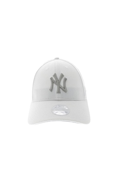 New Era Women's 9Forty Yankees Velcro Back White/Grey