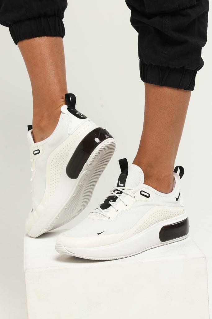 nike women's air max dia se shoe