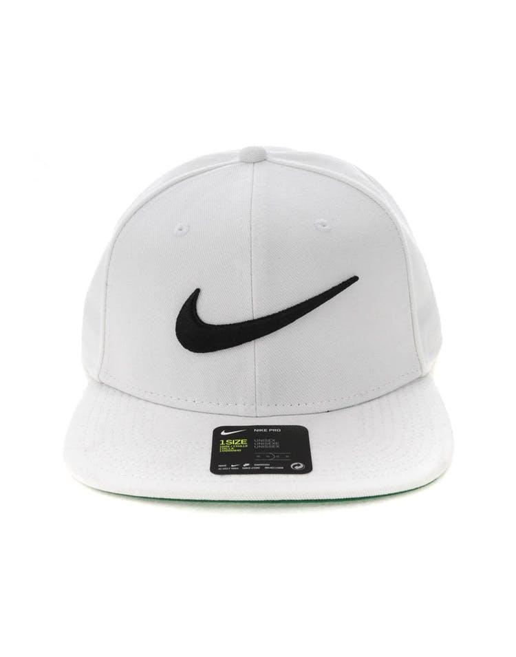 cd4ef6bcd526d Nike U NK Pro Cap Swoosh Classic White/Green/Black – Culture Kings