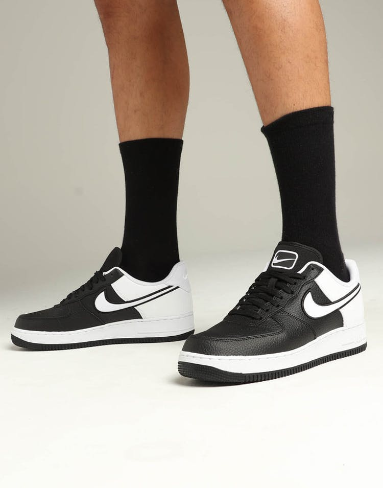 d89b9991 Nike Air Force 1 '07 LV8 1 Black/White