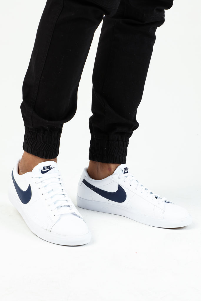 Nike Blazer Low LX White/Navy