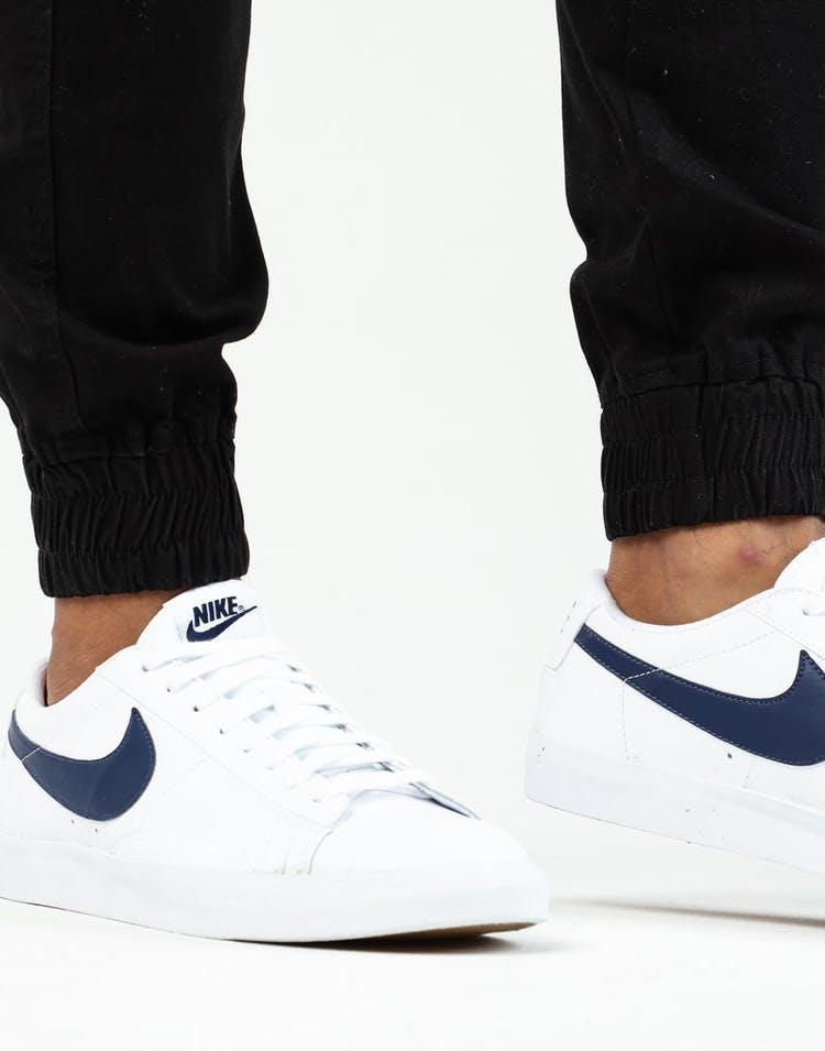 buy online 0fa53 dcadf Nike Blazer Low LX White/Navy